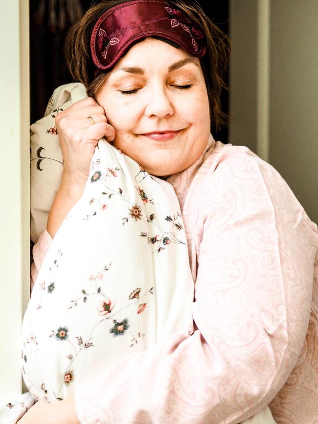 Mein Schlafratgeber: Sieben Tipps für besseren Schlaf. Gerade während der Wechseljahre bekommen viele Frauen Schlafprobleme. Ich habe Tipps, wie du wieder besser schlafen kannst.