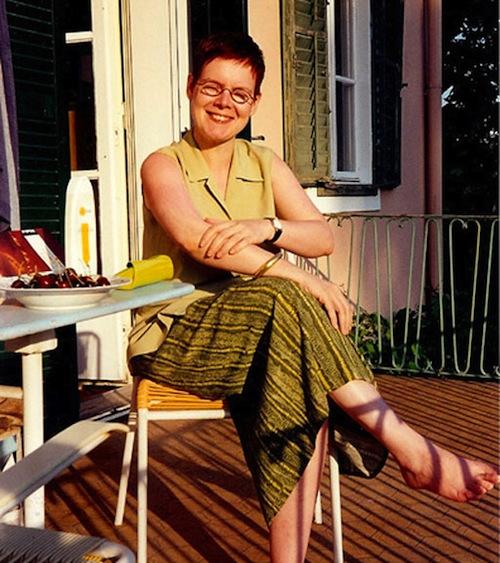 Auf dem Land: Susanne ganz relaxed und barfuß