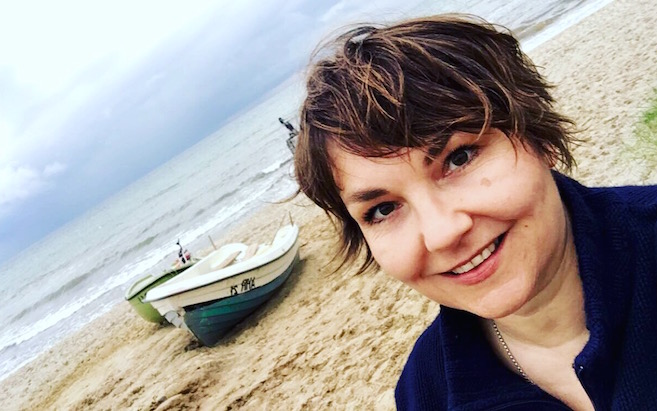 Abends am Darß: Der Strand vor Ahrenshoop. Mit Susanne Ackstaller.