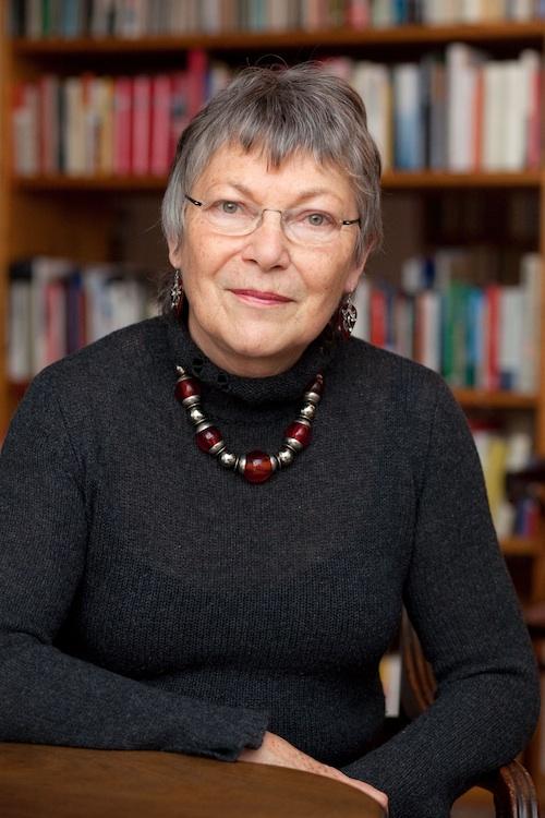 Dr. Anke Martiny