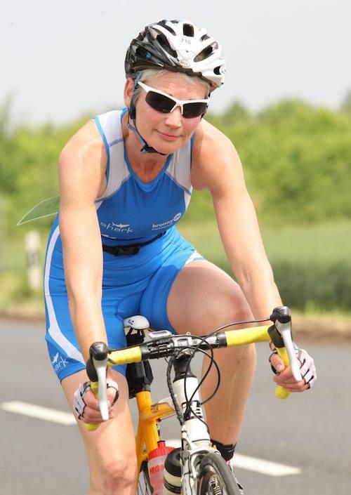 Annette Ahlborn auf dem Rad