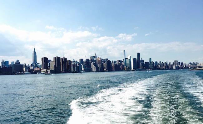 Manhattan. Von der Eastriver Ferry aus gesehen