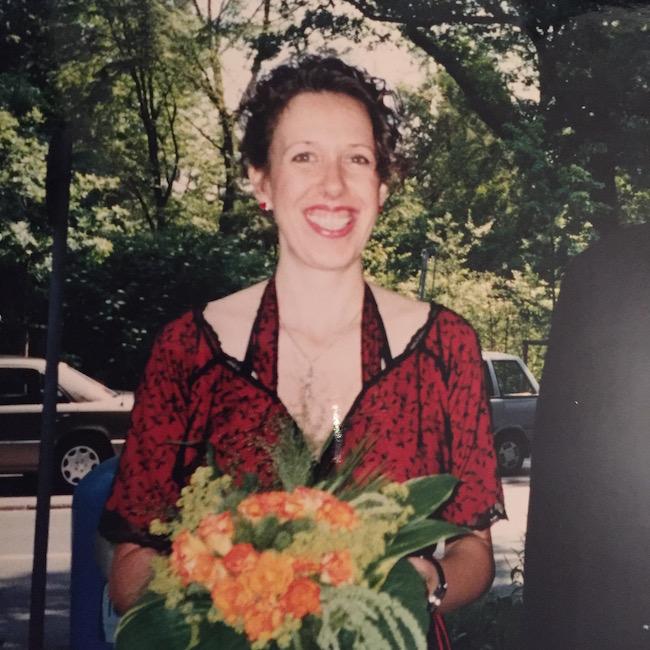 Susanne Graue: Hochzeit in Schwarz-Rot
