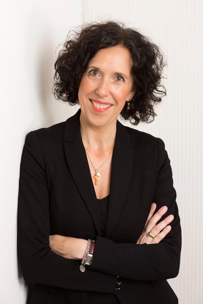 Susanne Graue mit schwarzem Blazer