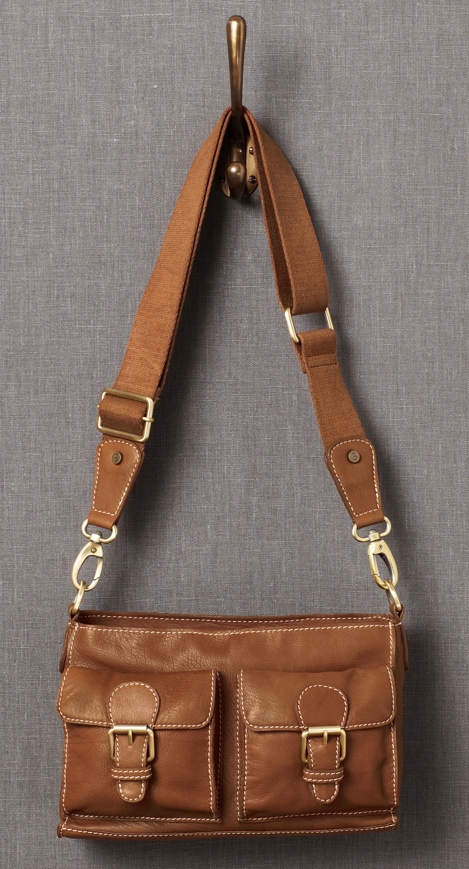 Gewinn dir was zum beispiel eine ledertasche von johnny for Johnnie boden mode